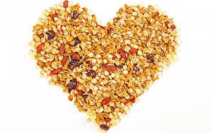 Hintergrundbilder Valentinstag Haferbrei Rosinen Weißer hintergrund Herz das Essen