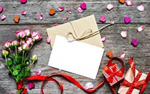 Fotos Valentinstag Rose Vorlage Grußkarte Blatt Papier Brief Geschenke Herz Kronblätter Blüte