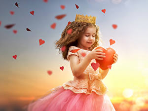Images Valentine's Day Sunrises and sunsets Little girls Heart Frock Children