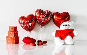 Bilder Valentinstag Teddybär Herz Geschenke Luftballon