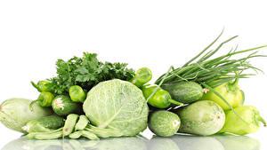 Bilder Gemüse Kohl Paprika Gurke Zucchini Weißer hintergrund