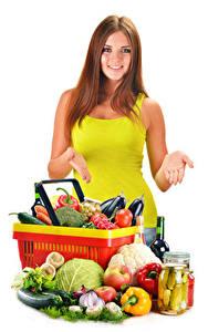 Hintergrundbilder Gemüse Obst Weißer hintergrund Braunhaarige Lächeln Hand Einweckglas junge Frauen Lebensmittel