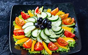 Bilder Gemüse Oliven Gurke Tomaten Geschnittene
