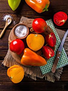 Bilder Gemüse Tomaten Paprika Messer Salz Schneidebrett