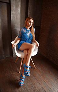 Desktop hintergrundbilder Viacheslav Krivonos Sitzend Kleid Bein Starren Sessel Kate junge frau