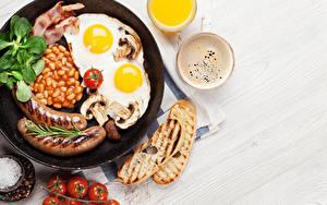 Bilder Wiener Würstchen Brot Tomate Kaffee Cappuccino Pfanne Spiegelei Lebensmittel