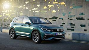 Bilder Volkswagen Grün Metallisch 2020 Tiguan R-Line Worldwide