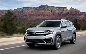 Bilder Volkswagen Graue Metallisch Softroader Fahrendes Atlas, 2020 auto
