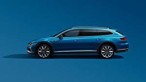 Bilder Volkswagen Seitlich Blau Metallisch Farbigen hintergrund Kombi CC Shooting Brake 380 TSI, China, 2020 Autos