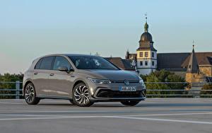 Bakgrundsbilder på skrivbordet Volkswagen Grå Metallisk Golf eTSI R-Line, 2020 automobil