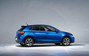 Hintergrundbilder Volkswagen Blau Metallisch Seitlich Polo R-Line, Worldwide, (Typ AW), 2021 auto