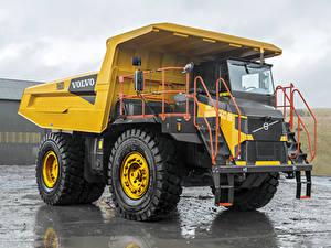 Hintergrundbilder Volvo Lastkraftwagen Gelb 2018-19 R60D Autos