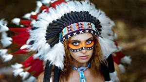 Bilder Warbonnet Indianer Starren Vyacheslav Turcan, Evgenia Nemirova Mädchens