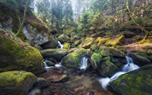 Bilder Wasserfall Steine Laubmoose HDRI Bach