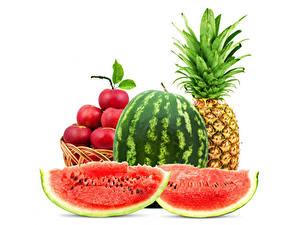 Hintergrundbilder Wassermelonen Ananas Äpfel Weißer hintergrund Stück das Essen