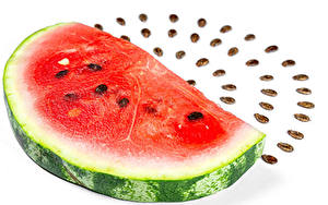 Bilder Wassermelonen Weißer hintergrund Stücke das Essen