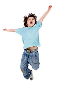 Fotos Weißer hintergrund Junge Sprung Hand Glücklicher Kinder