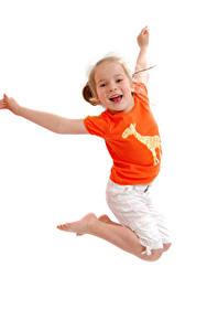 Bilder Weißer hintergrund Kleine Mädchen Sprung Hand Glückliches Kinder