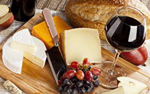 Hintergrundbilder Wein Käse Weintraube Brot Schneidebrett Weinglas