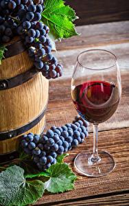 Desktop hintergrundbilder Wein Weintraube Weinglas Lebensmittel