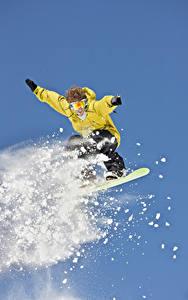 Fotos Winter Snowboard Mann Sprung Schnee sportliches