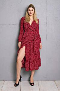Bilder Yvonne Woelke Posiert Pose Kleid Starren Blick Prominente Mädchens