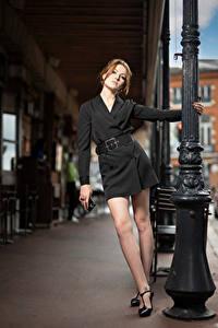 Fotos Model Pose Kleid Bein Starren Zoe Mädchens