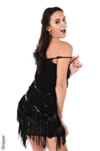 Hintergrundbilder iStripper Leyla Lee Weißer hintergrund Brünette Starren Hand Kleid junge Frauen