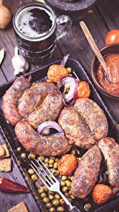 Hintergrundbilder Fleischwaren Bier Becher Gabel Lebensmittel