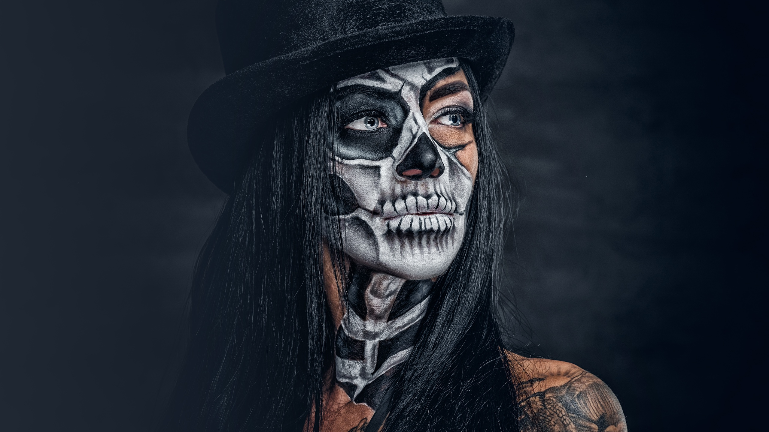 Pictures Brunette Girl Makeup Day Of The Dead Hat Girls 2560x1440