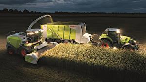 Fotos Acker Landwirtschaftlichen Maschinen Nacht Traktor Ähre Claas Jaguar 860 Claas Axion 840