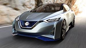 Fotos Nissan Fahrendes Silber Farbe Unscharfer Hintergrund Metallisch Leaf Rumors, 2020 Autos