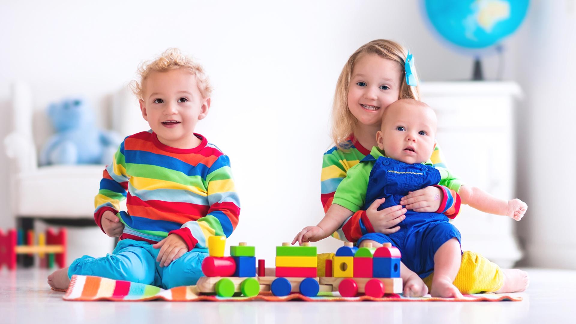 s Little girls Baby Boys Smile Children Three 3 Toys