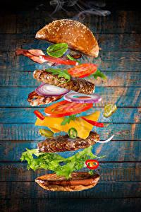 Bilder Fast food Burger Brötchen Fleischwaren Gemüse Bretter Lebensmittel