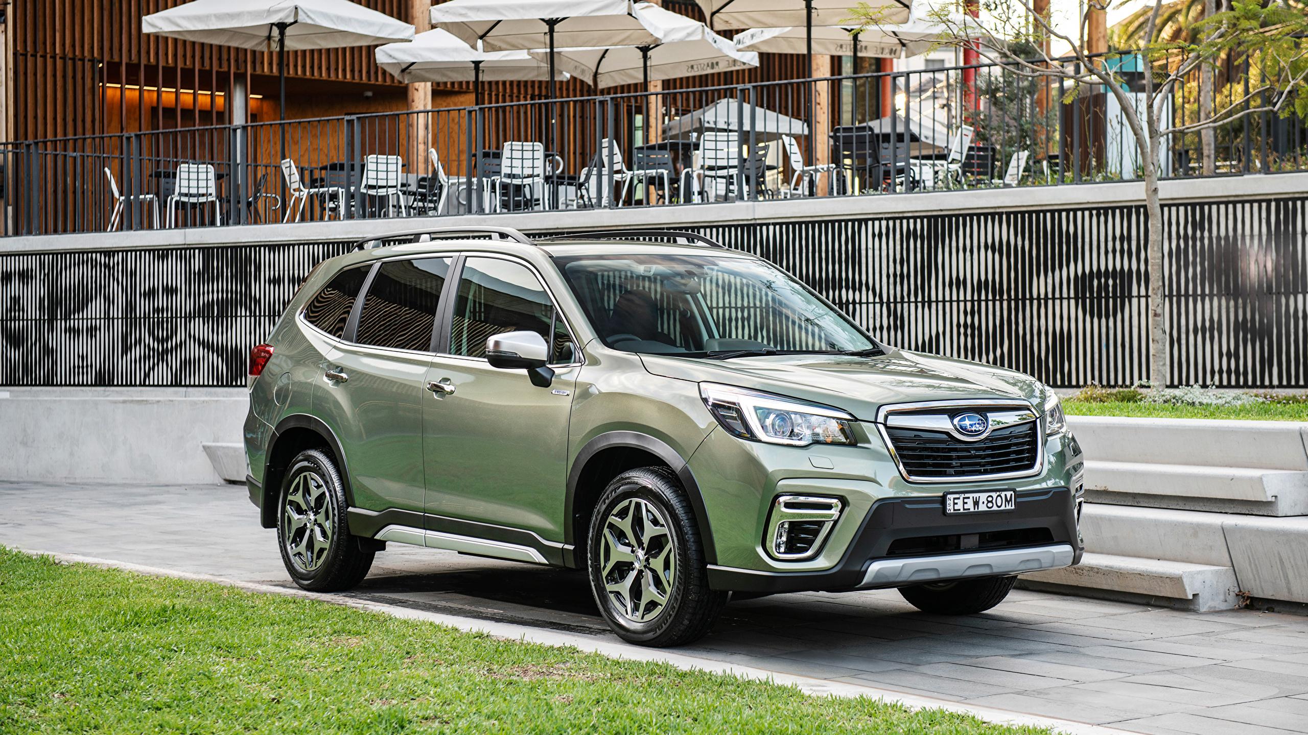 壁紙 2560x1440 スバル Forester Hybrid L クロスオーバー 緑 自動車 ダウンロード 写真