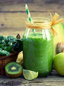 Fotos Getränke Kiwi Obst Smoothie Bretter Trinkglas Einweckglas das Essen