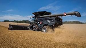 Bilder Landwirtschaftlichen Maschinen Mähdrescher Felder Massey Ferguson Ideal 9T