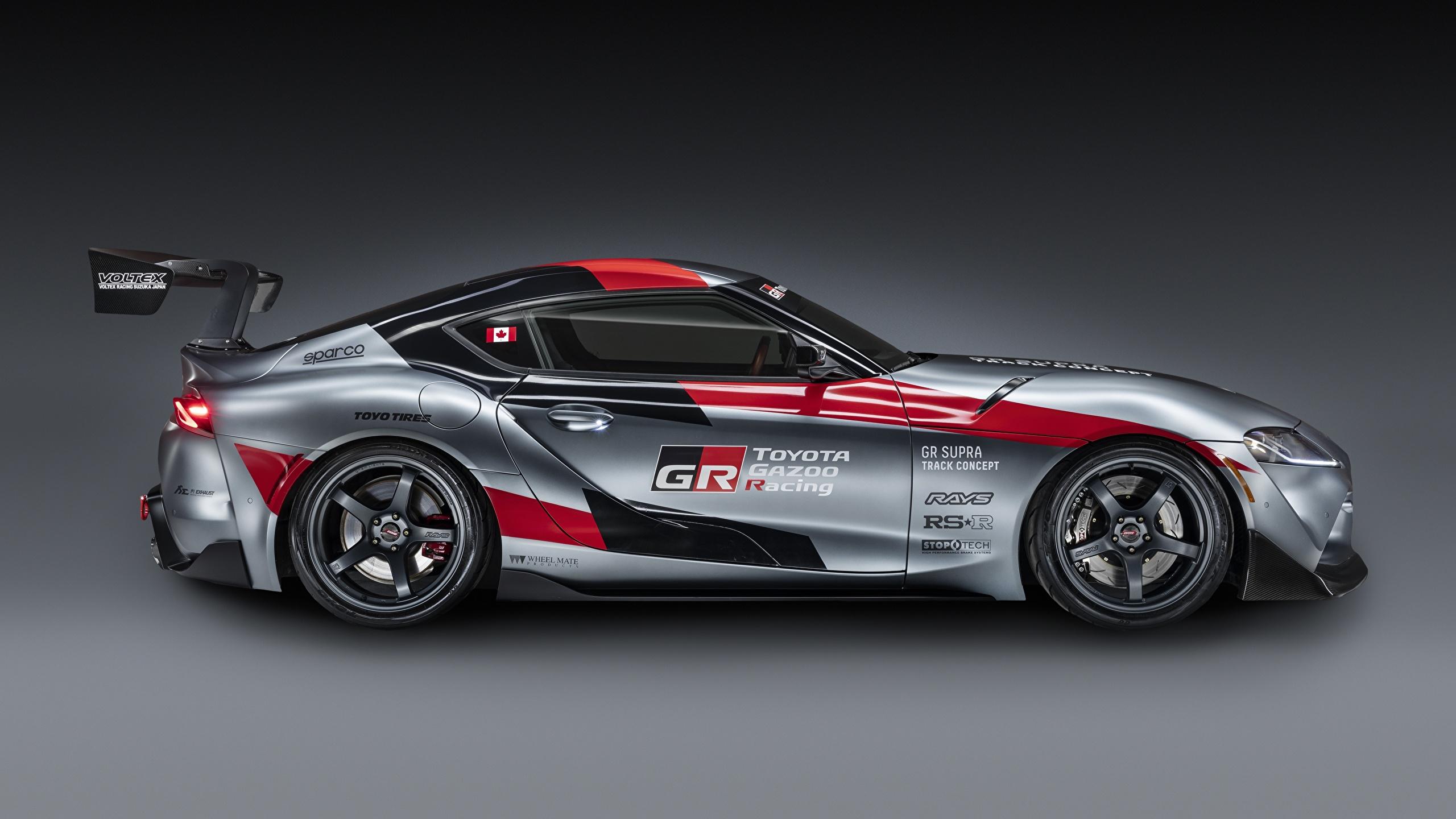 Foto Toyota GR Supra Track Concept, 2020 Coupe graue Autos Seitlich 2560x1440 Grau graues auto automobil