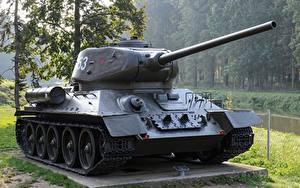 Bilder Panzer Denkmal T-34 Russische T-34-85 Heer