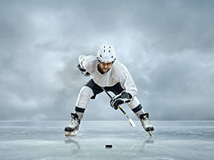 Photo Men Hockey Uniform Helmet Ice Ice skate