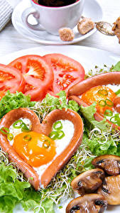 Bilder Gemüse Tomate Pilze Teller Herz Spiegelei Lebensmittel