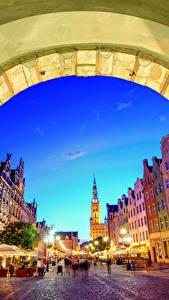 Bilder Danzig Polen Haus Abend Straße Straßenlaterne Bogen architektur Städte