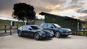Fotos Porsche Zwei Metallisch Grau Hybrid Autos Panamera Turbo S E-Hybrid, Cayenne E-Hybrid