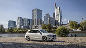 Fotos Mercedes-Benz Weiß Hybrid Autos 2019 B 250 e Worldwide automobil