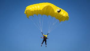Fotos Fallschirmspringen Himmel Sport
