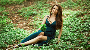 Wallpaper Brown haired Sitting Gown Glance Girls