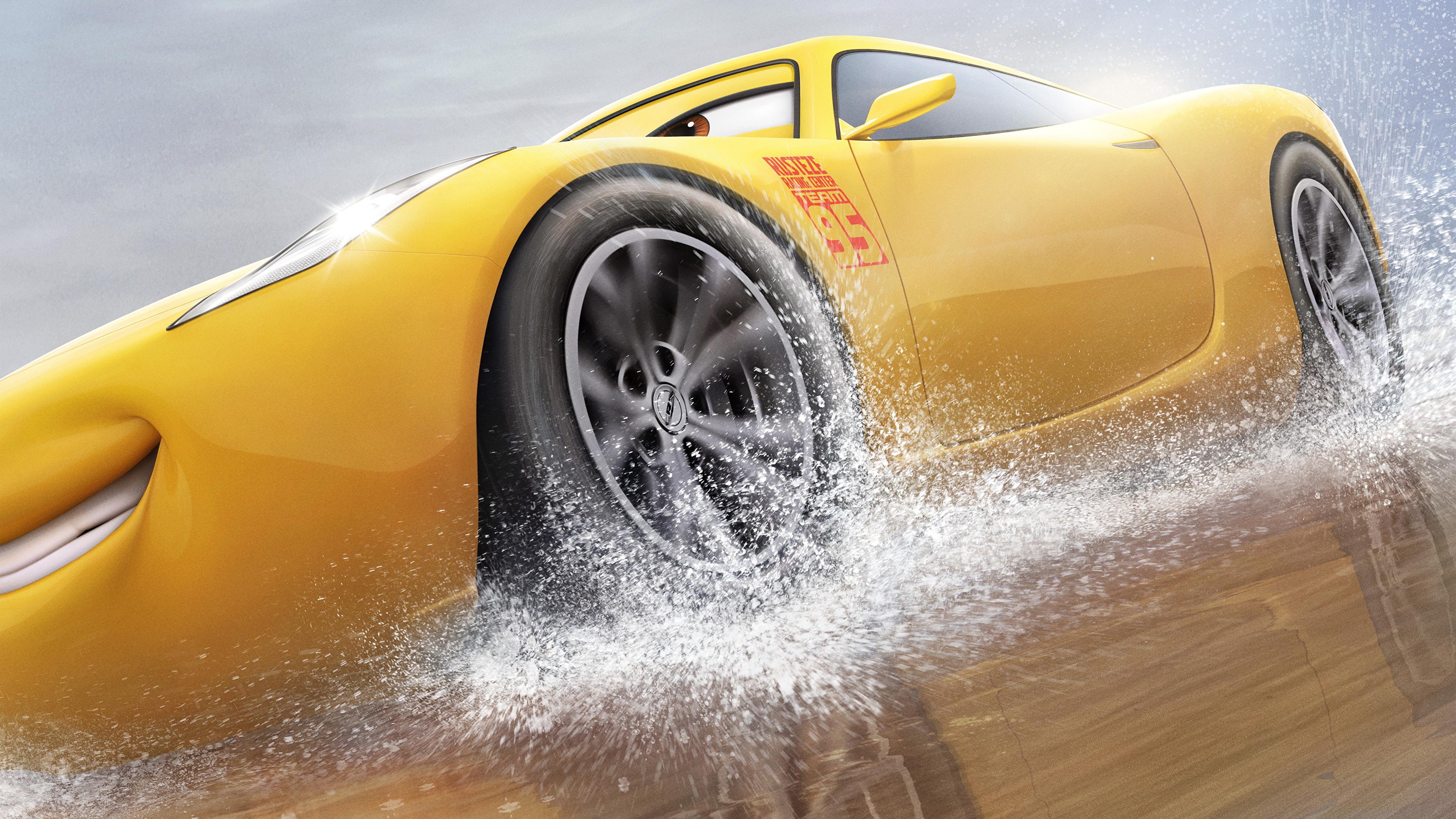 Fotos von Cars 3 Cruz Ramirez Gelb Animationsfilm 3840x2160 Zeichentrickfilm