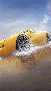 Hintergrundbilder Cars 3 Gelb Cruz Ramirez Zeichentrickfilm
