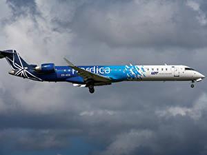 Bilder Flugzeuge Verkehrsflugzeug Seitlich Nordica, Bombardier, CRJ-900 Luftfahrt