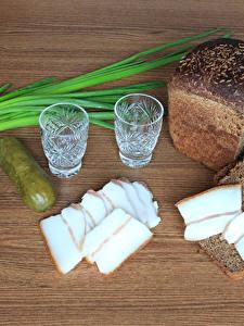 Bilder Brot Gurke Wodka Salo - Lebensmittel Dubbeglas